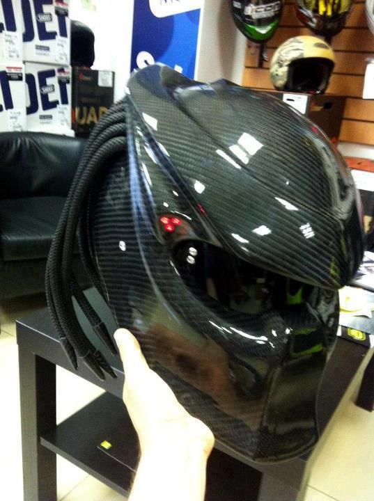 Check this motorcycle helmet... thoughts?