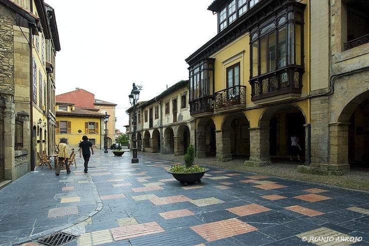 Calle Galiana, Avilés (foto Juanjo Arrojo)