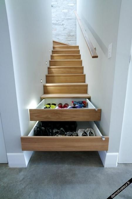 clever storage solution, not sure how practical it is but it's cool all the same!