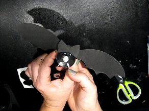 Ideas art for everyone, DIY - Joanna Wajdenfeld: Bats with a glowing nose