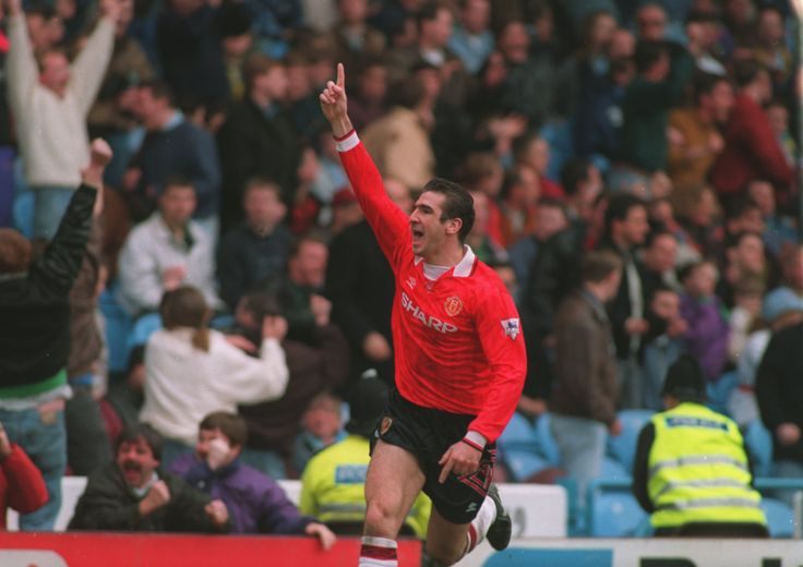 @manutd legend Eric Cantona celebrates with passion after equalising in the Manchester derby.