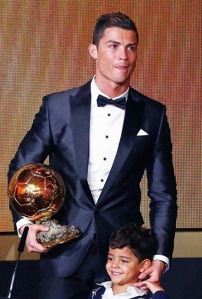 Cristiano Ronaldo - The Winner of FIFA Ballon d'Or Award 2013 www.nipon-scope.com