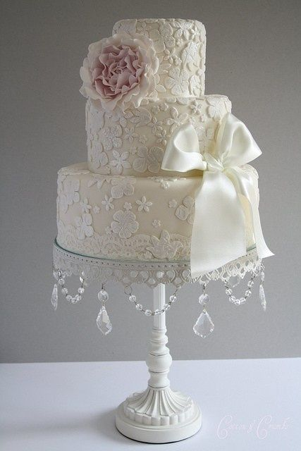 White floral wedding cake, HT