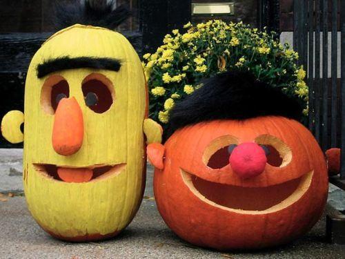 Pumpkin-carving Bert & Ernie