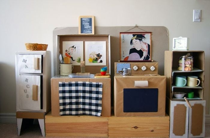 The most beautiful DiY Play Kitchen
