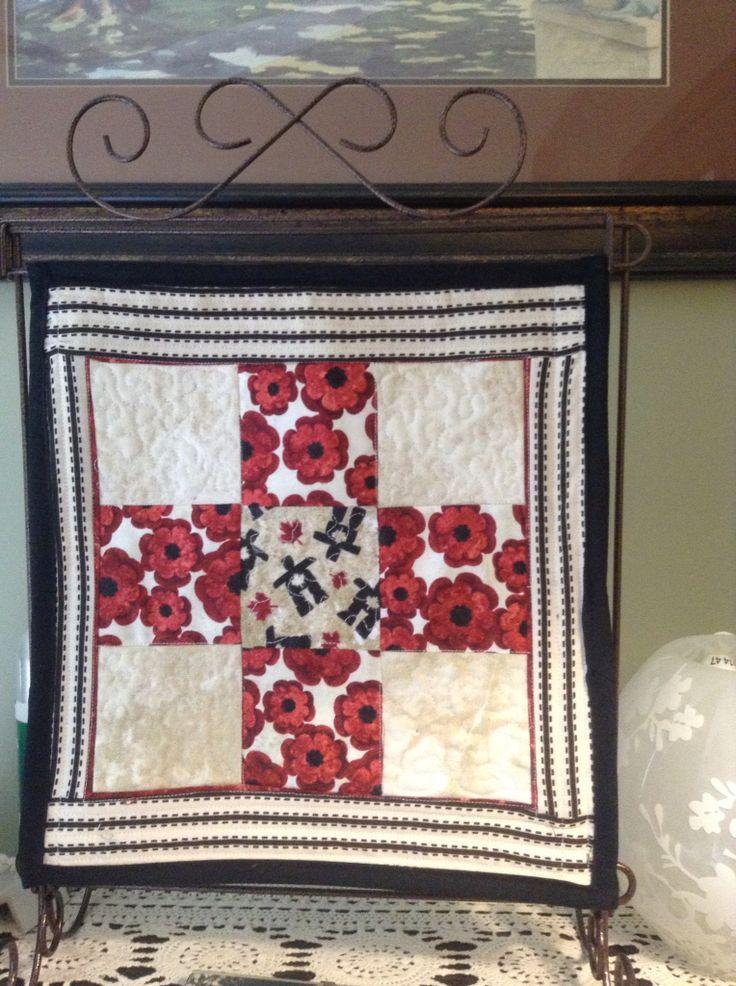 Novembers mini quilt 2015