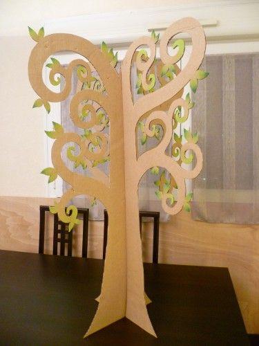 les 25 meilleures id es de la cat gorie arbre en carton sur pinterest arbre en papier arbres. Black Bedroom Furniture Sets. Home Design Ideas