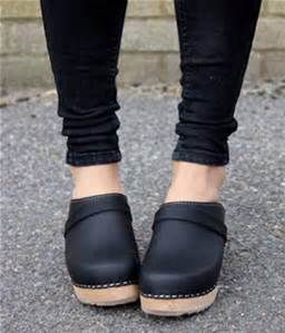 how to wear clogs - Bing images