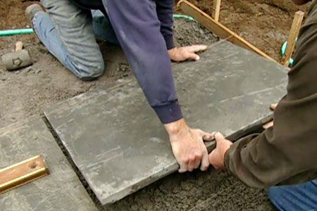This Old House landscape contractor Roger Cook explains how to lay a bluestone patio.