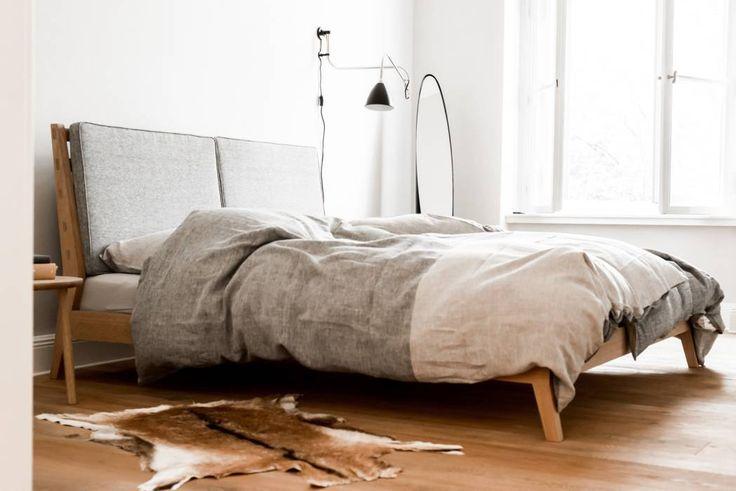 Master Bedroom Skandinavische Schlafzimmer Von Loft Kolasinski Skandinavisch Flachs Leinen Pink In 2020 Modernes Schlafzimmer Design Skandinavisches Schlafzimmer Wohnung Schlafzimmer