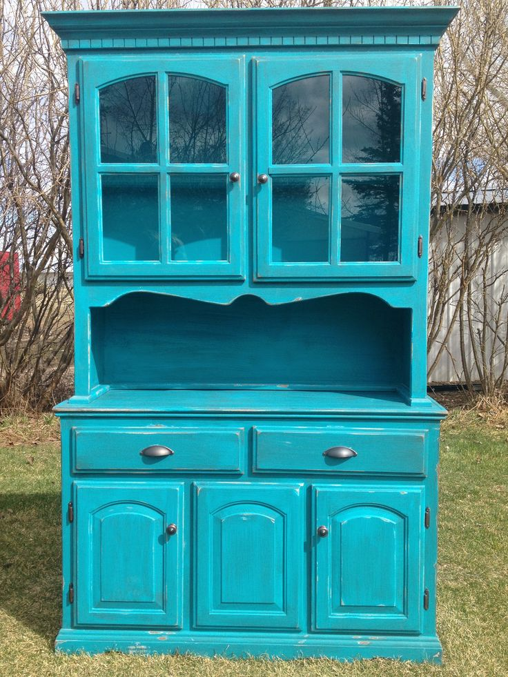 Turquoise Blue China Cabinet. Painted And Distressed