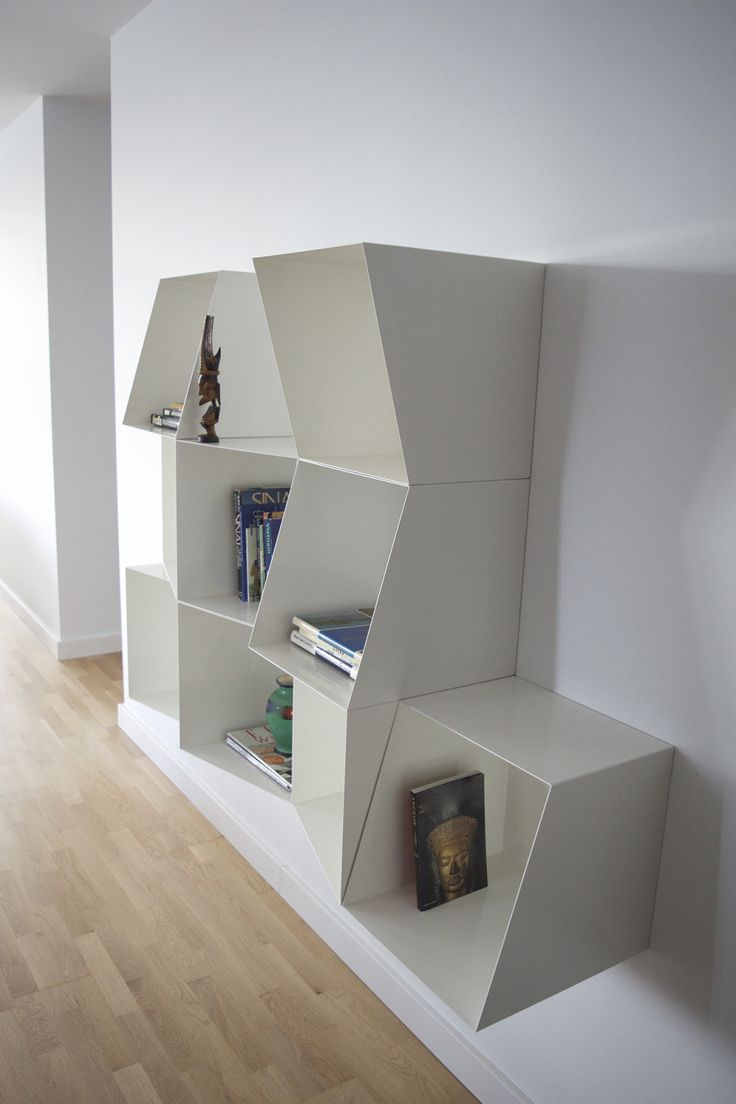 Totem Angular Bookcase Cubes by DESIGN BY NICO made in United Kingdom (UK) op CrowdyHouse