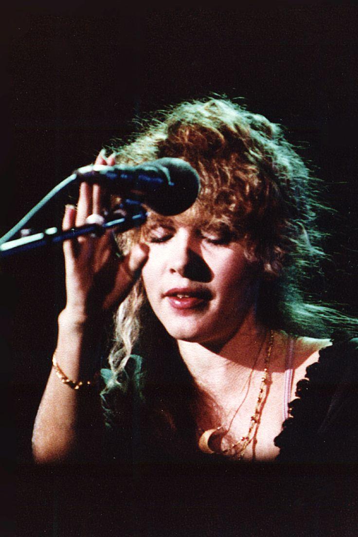 Dedicated to Stevie Nicks : Photo