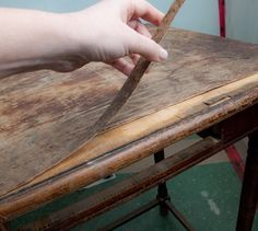 How to remove old veneer from furniture and refinish!- Frieda's sewing machine