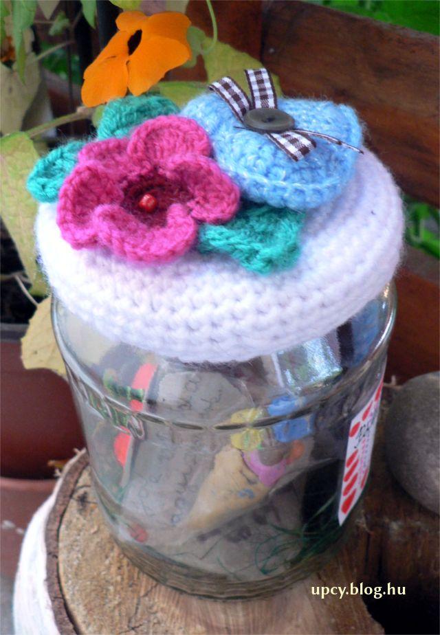 Crochet memory jar topper. Teachers' day gift. Horgolt emlékbefőtt pedagógus napra.