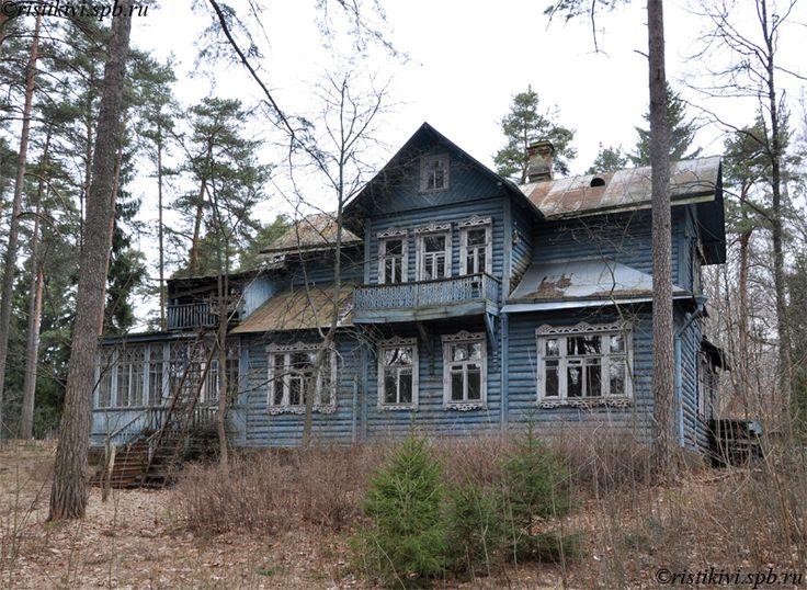 Дача дореволюционной постройки в Зеленогорске (Пограничная ул., 4)