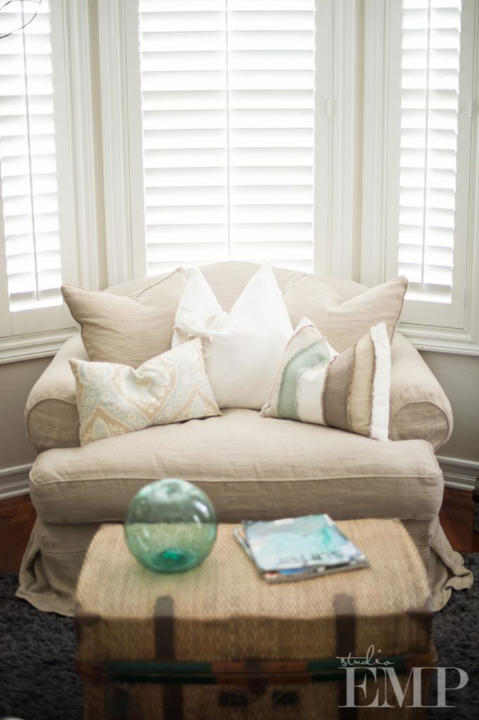 cozy chair | House of Turquoise: Found Vintage Rentals