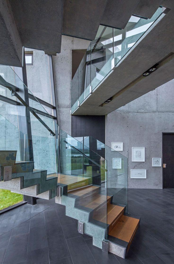 A Futuristic Contemporary House by EON architecture | http://www.designrulz.com/design/2015/10/a-futuristic-contemporary-house-by-eon-architecture/