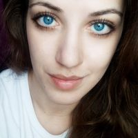 большие голубые глаза