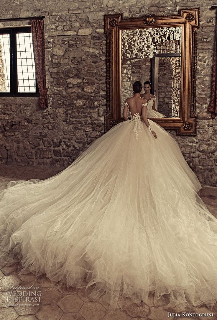 julia kontogruni 2017 bridal off the shoulders deep plunging sweetheart neckline heavily embellished bodice tulle skirt princess ball gown wedding dress low back monarch train #weddingdresses #wedding #ballgown
