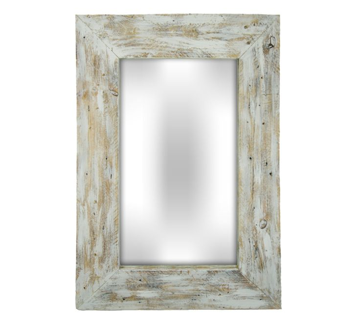 To creater mirror Big Box White we used wood that has been antiqued. It was reclaimed wood from old pallets and has been carefully heated, polished and painted.  The frame of this mirror is handmade therefore it has its own character and charm. There are no two identical mirrors! They will adorn your walls or your favorite room in the house and introduce an original atmosphere.