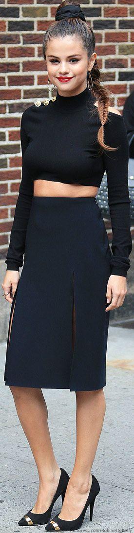 Street Style   Selena Gomez, Versace