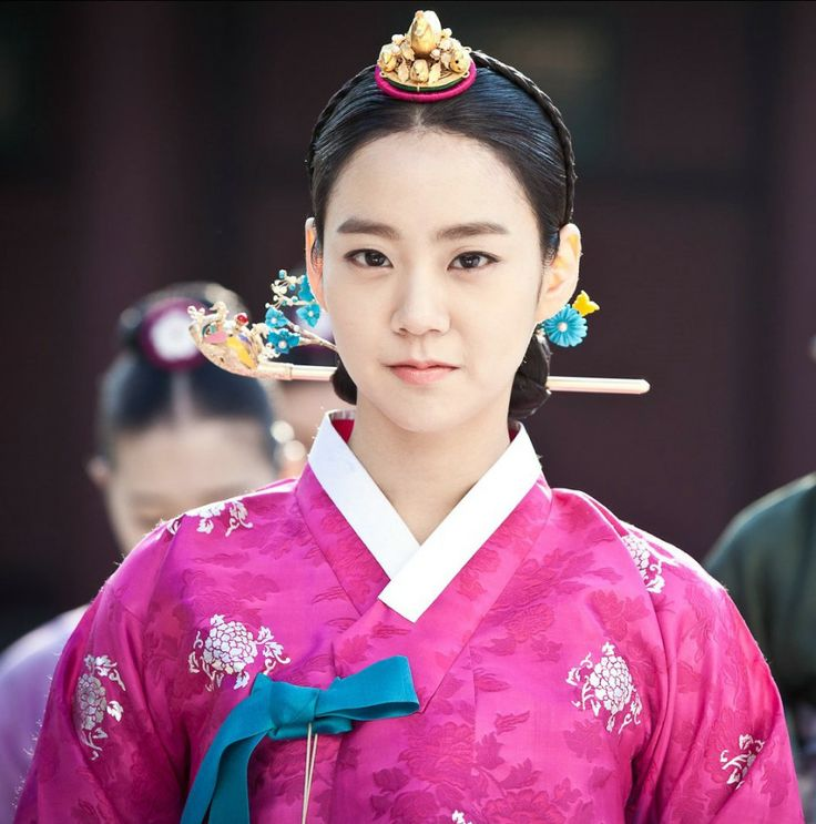 Korean drama [Jang Ok-jung, Living by Love] = 숙빈최씨 [Lady Choe Sukbin] - 한승연 (Han Seung-yeon)