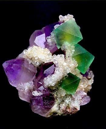 Fluorite is allochromatic (having no color in itself but bearing colored impurities).