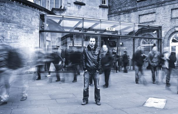 Urban photography: how to blur people in busy city scenes