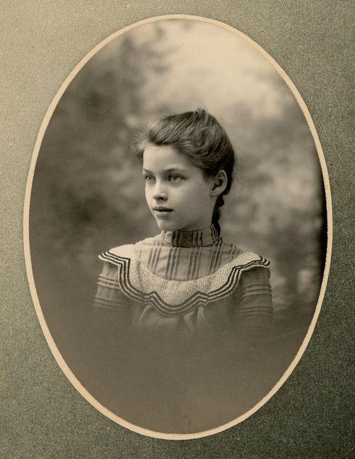 """Ethel, 10 years old"" - Kansas, 1900 - (Via)"
