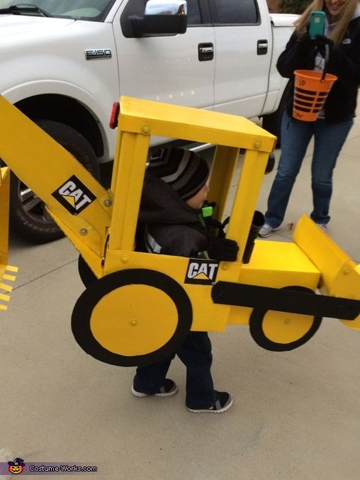 """Real"" backhoe for 3-year old boy - Halloween Costume Contest via @costume_works"