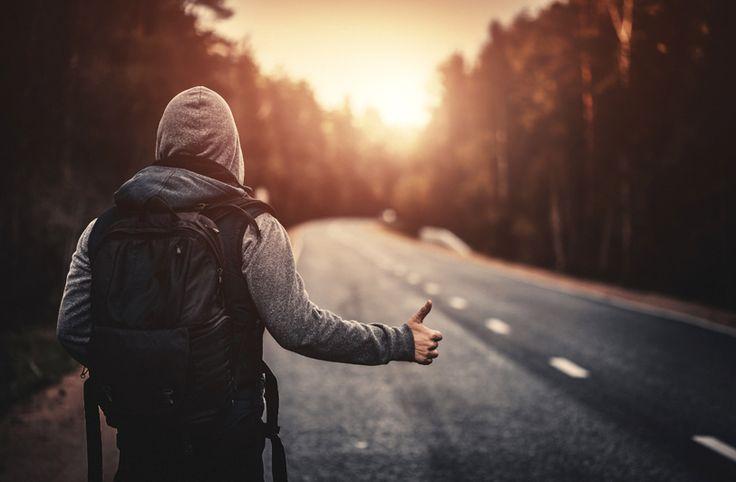 """Voyages, sorties, expériences : la génération des """"millennials"""" privilégie les services à l'achat de biens et commence à modifier visiblement l'économie."""