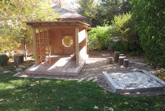 I'm completely in love with this playhouse/tea house. This would be a scrape in our yard, in terms of space, but still... Would be a lovely space to hang out with E.