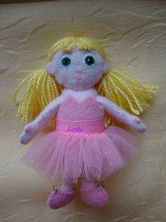 *Чудеса из фетра*: Принцесса Иришка с нарядами