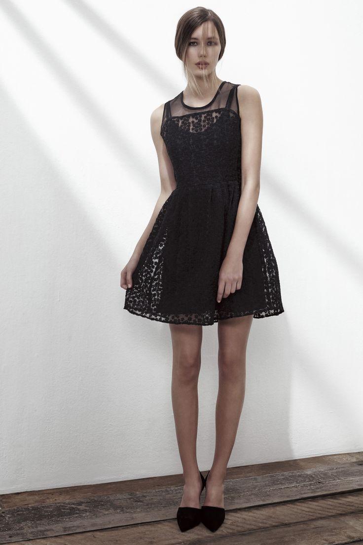 SHUFFLE CREPE DRESS IN ANTHRACITE BLACK. www.fallwinterspringsummer.com