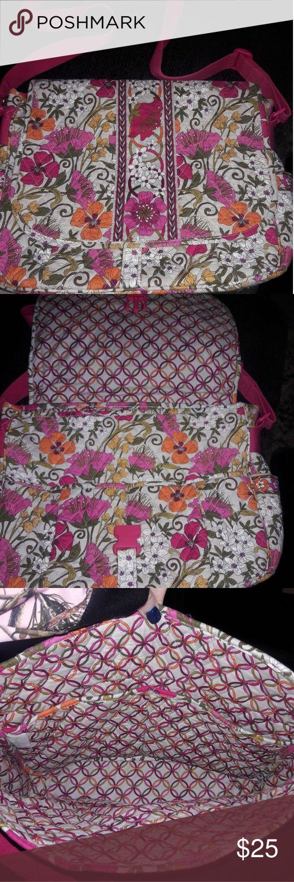 Vera Bradley laptop bag, large shoulder strap Perfect for school work etc excellent shape and a super cute pattern. Vera Bradley Bags Laptop Bags