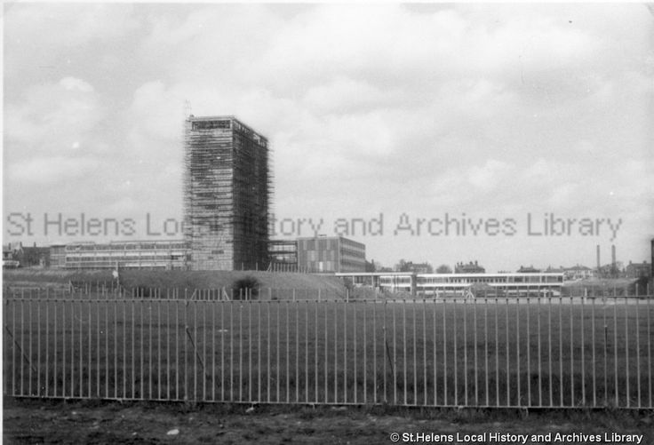May 1963  Black and white photograph showing the construction of the Head Office of Pilkington Brothers Limited, St.Helens MSE/16/31 The Frank Sheen Collection