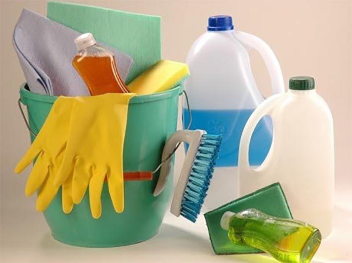 ... Limpieza diaria y limpieza semanal.