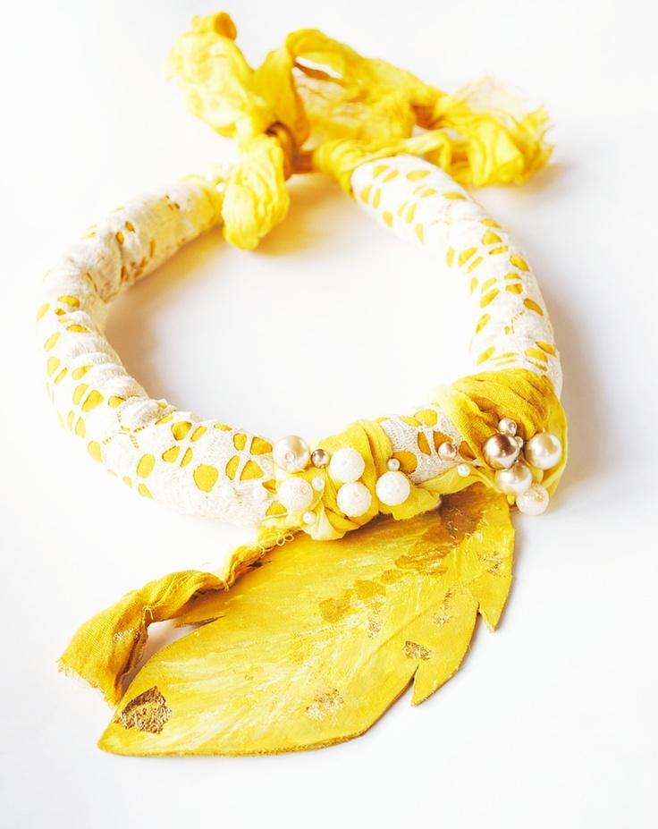Colier Yellow me de BohemianSin Breslo