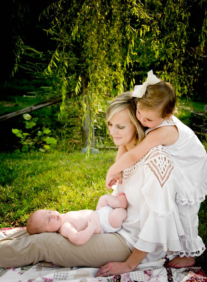 when the new baby comes I want a photo like this with the new baby and my Halley Bear..and some with Cody of course! :]