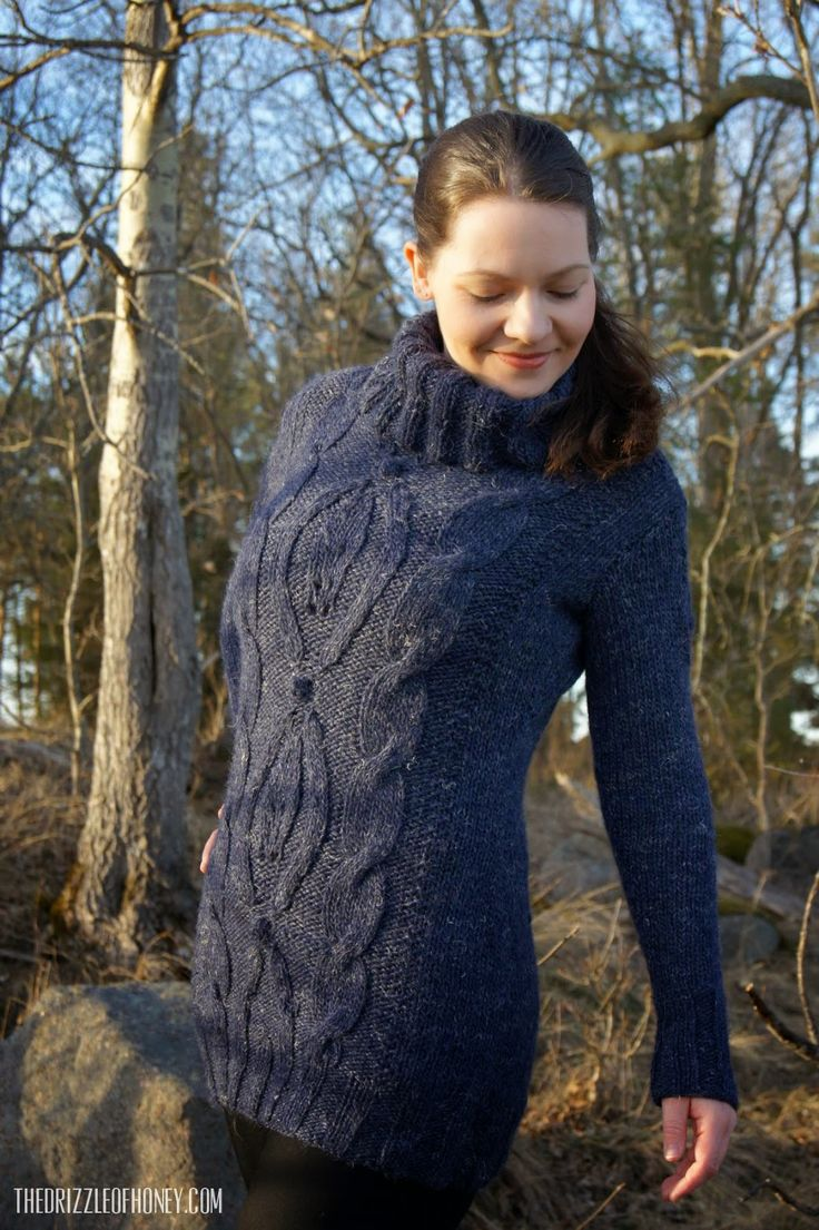 Sweater combining cables, bobbles and hint of lace! Made from Drops pattern 117-18 with Drops <3 you #4 yarn in marine blue. LOVE IT!