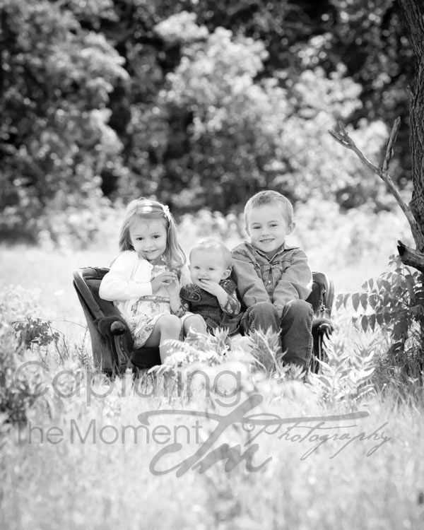 outdoor portraits with kids | Capturing The Moment Photography: Country portraits in black and white