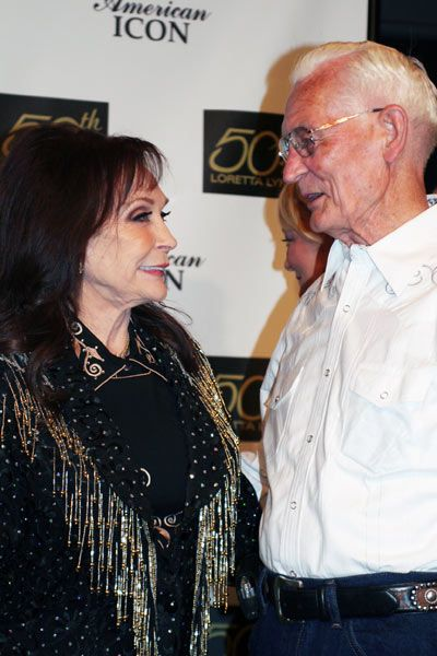 17 Best images about Loretta Lynn on Pinterest | Tennessee ...