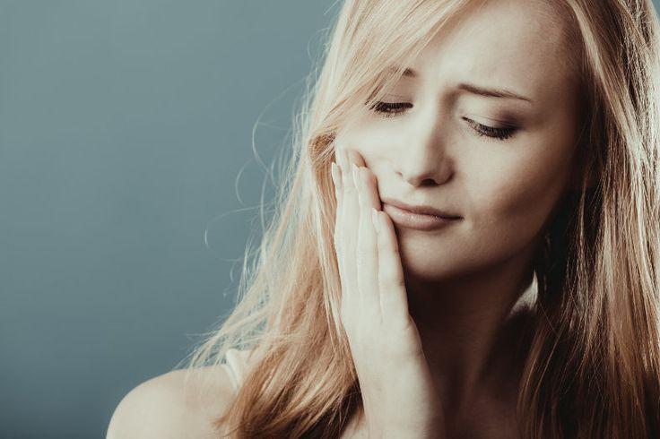 Hausmittel gegen Zahnschmerzen – 16 Tipps & Tricks