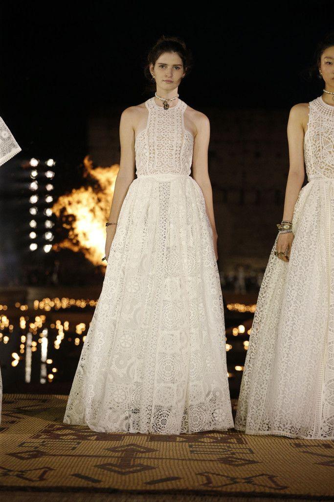 Cruise Wear 2020.Dior Cruise 2020 Runway With Me Fashion Dior Wedding