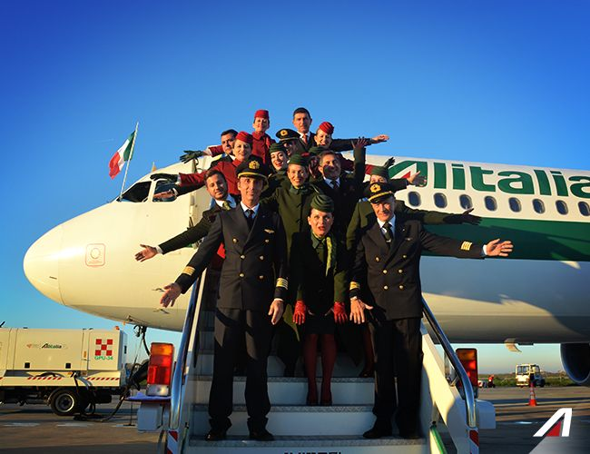 Everyone is in a good mood and happy to welcome on board a unique guest. #Alitalia #Roma #Rome #Pope #PopeFrancis #Apostolic Journey #PapaFrancesco #Sweden