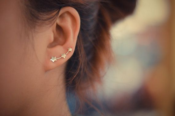 Three stars sterling silver ear pins. A cute way to add some style, and it only needs one piercing! ^_^