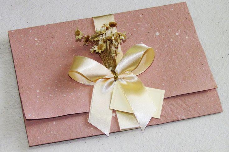 convite-de-casamento-com-papel-reciclado-convite-de-casamento-reciclado-apae-monte-alto-1.jpg (1024×681)