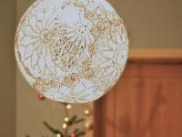 Как сделать люстру из салфеток / Самая легкая и невесомая люстра в виде воздушного ажурного шара получится у вас, если вы сделаете люстру из ...