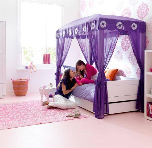 Perchè ogni bambina è una principessa..... :-)  Bellissima cameretta scandinava. per informazioni contattateci. www.okfurniture.eu customer@okfurniture.eu